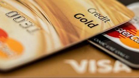 Кредит готівкою в 21 рік. Де і як отримати